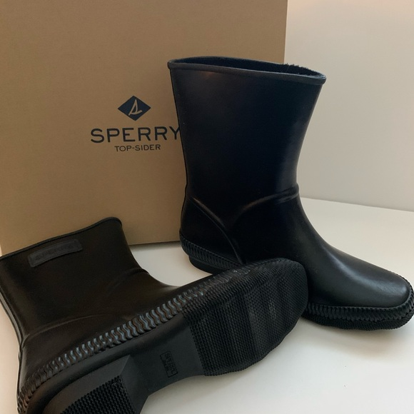 Sperry Shoes | Womens Saltwater Current